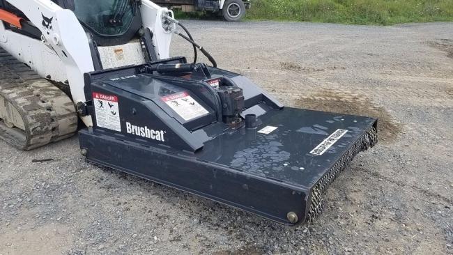 650 Bobcat Brushcat.jpg