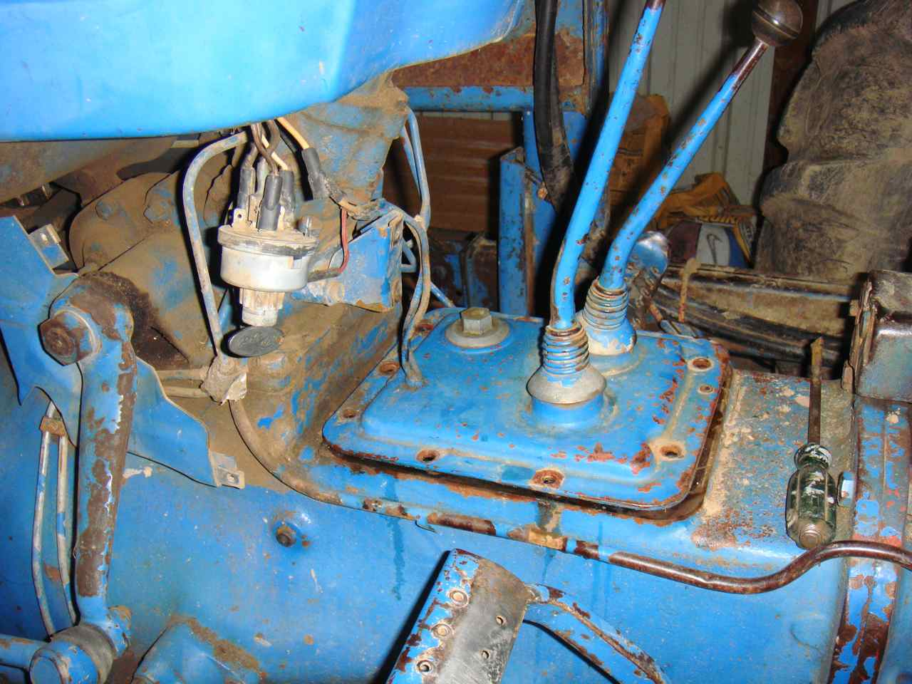 oil & fuel - '73 ford 3000 diesel won't start........help! - tractorbynet  tractorbynet