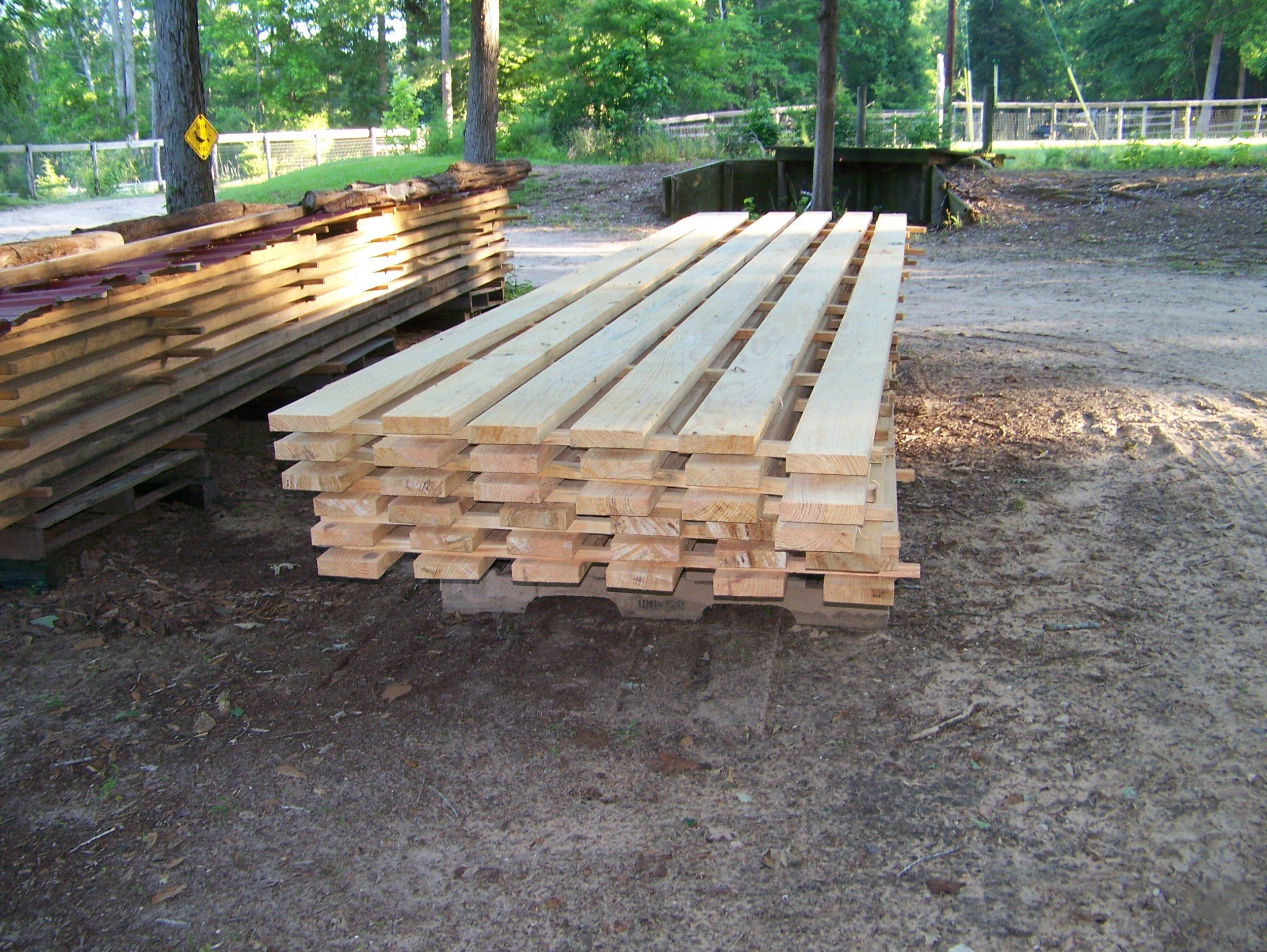 Lumber 16 Foot 2x6s.jpg