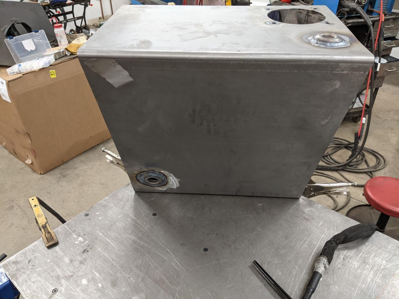 Tank welding internals (3) (Large).jpg