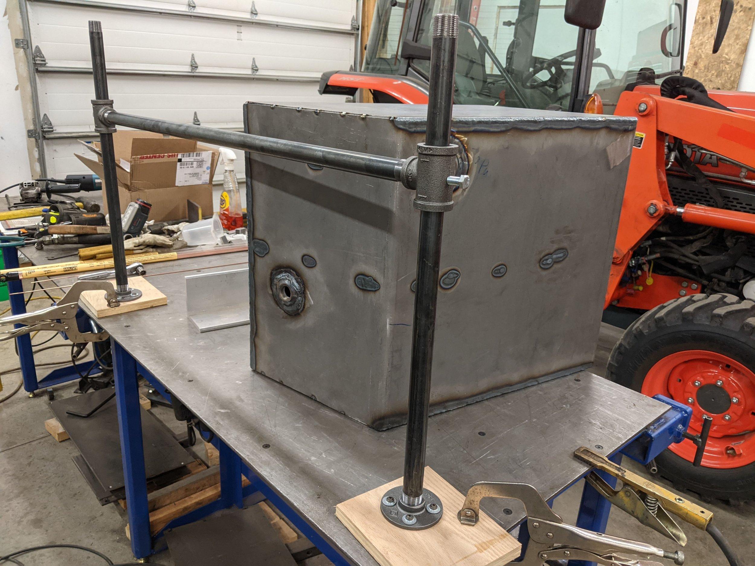 tank welding support (1).jpg