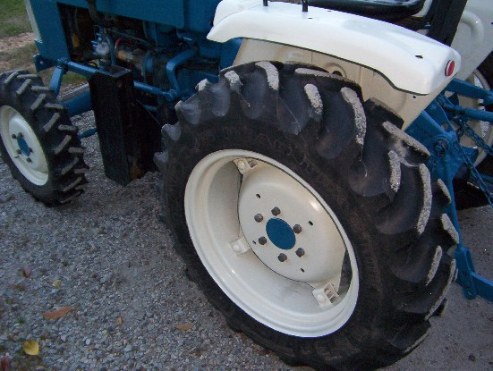 Ford 1710 Review by Frank - TractorByNet com