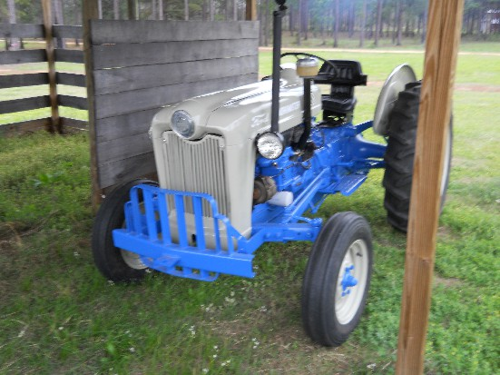 Ford 601 Workmaster Review by Gary Freeman - TractorByNet com