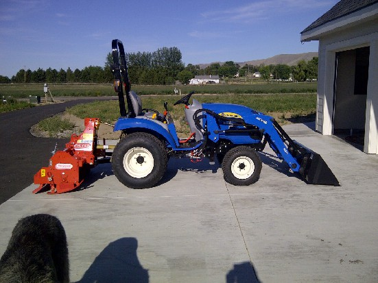 New Holland Boomer 20 - Reviews, Photos, Prices, Specs