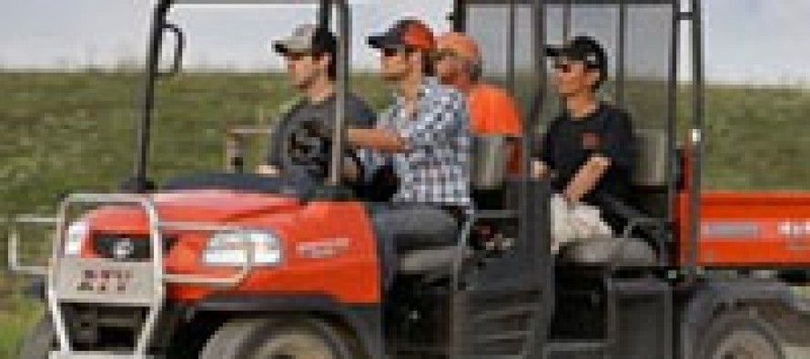 Kubota Introduces 4-Passenger Work Utility Vehicle