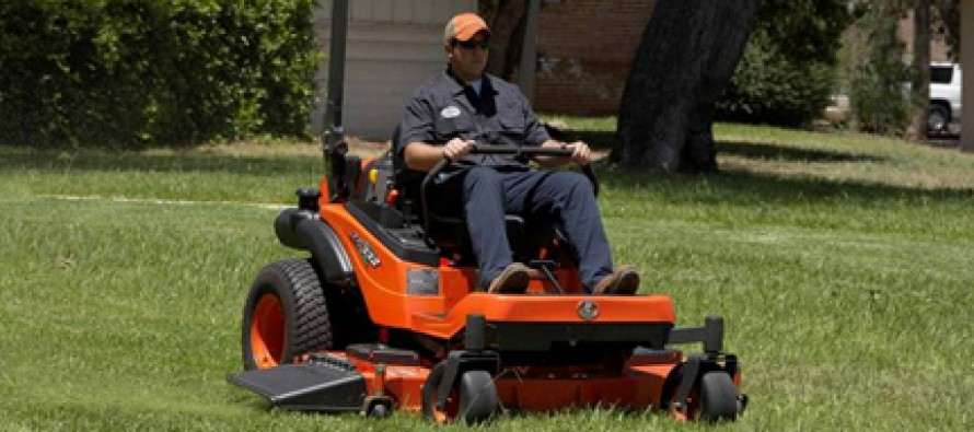 Kubota Boosts Zero Turn Mower Line With ZG332