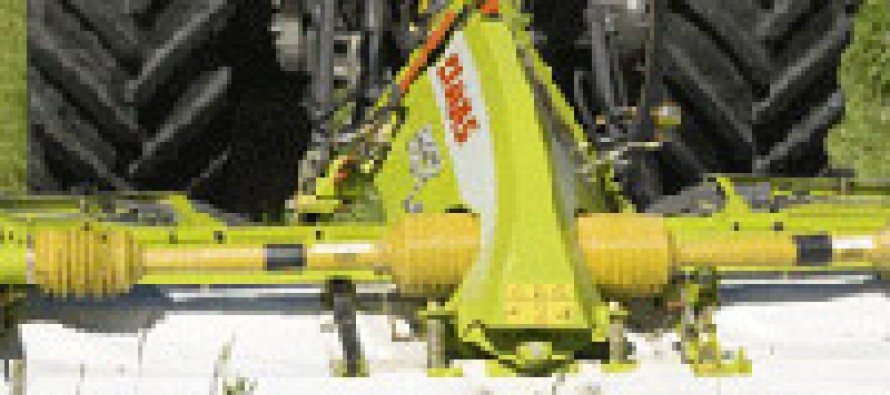 Claas Celebrates 30 Years of Front Mowers
