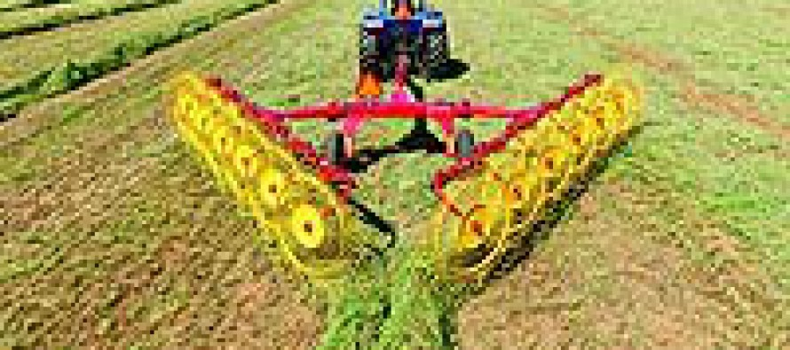 New Holland ProCart™ Deluxe Carted Wheel Rakes