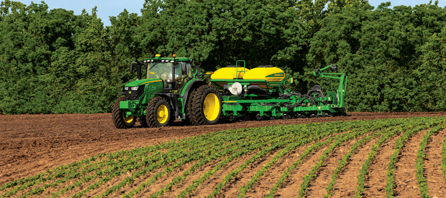 John Deere Improves 6 Family Tractors for 2015