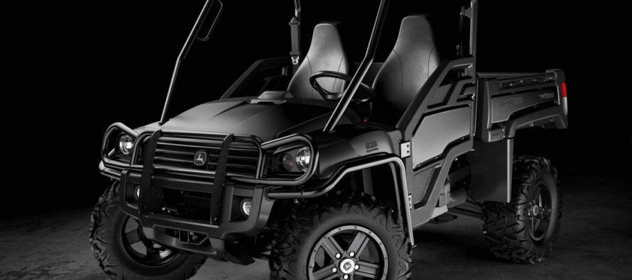 "John Deere Offers Special ""Midnight Black"" Gators"
