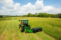 John Deere Offers New Line of Disc Mowers