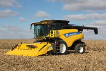 New Holland Introduces CR6.80 Combine