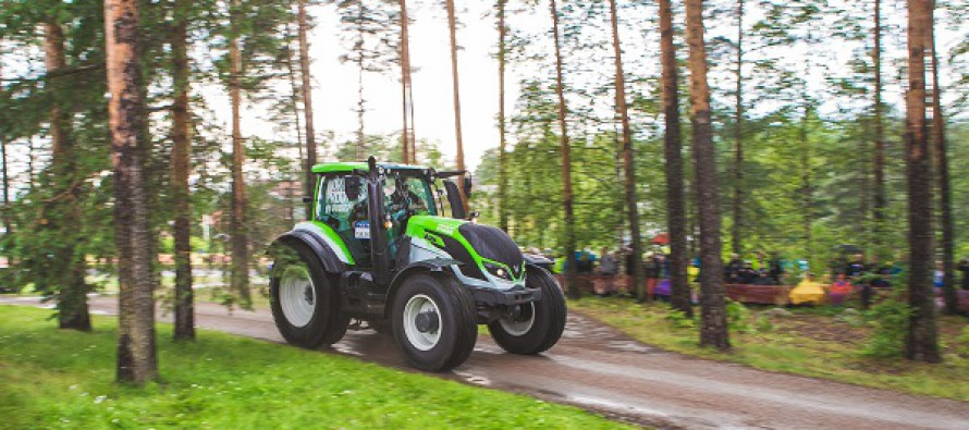 Valtra tractor opens first race of World Rally Championship in Finland