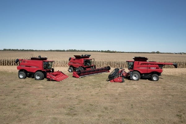 2015-9-1-Redesigned Axial-Flow 140 Series Combines