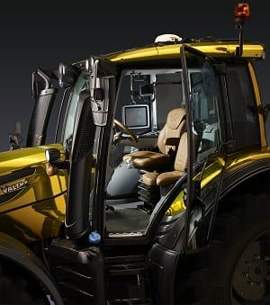 Valtra Golden Edition Interior