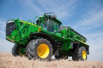 New High-Capacity Nutrient Applicator from John Deere
