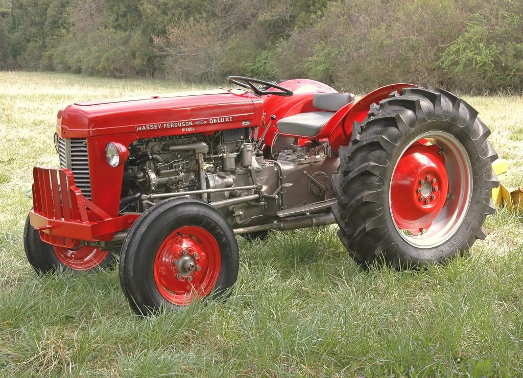 tractor-609558